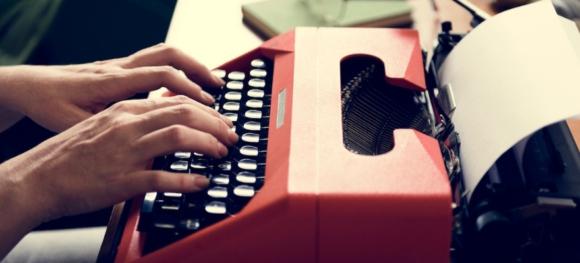 เส้นทางอาชีพนักเขียนออนไลน์ หรือ Digital Content Writer